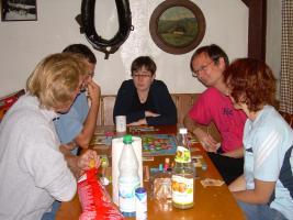 Eine Partie mit evolutionären Saurieren